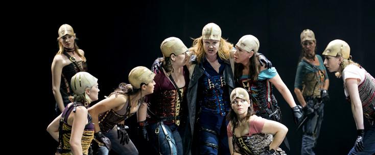 Die Walküre dans la mise en scène de Dieter Dorn au Grand Théâtre de Genève