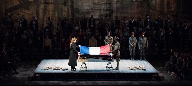 Yoshi Oïda met en scène War Requiem de Britten à l'Opéra national de Lyon