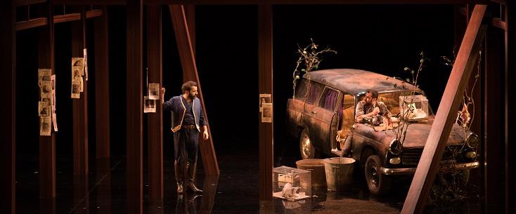 "à Tours, Bérénice Collet met en scène ""Die Zauberlöte"" de Mozart..."