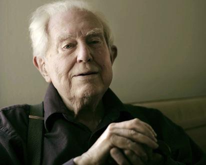 le compositeur américain Elliott Carter, 101 ans !