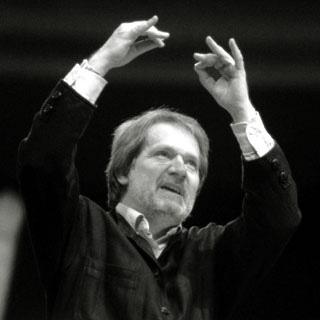 le compositeur hongrois Péter Eötvös photographié par István Huszti