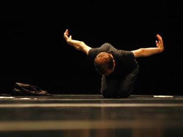 Swan Lake, 4 acts, chorégraphie de Raimund Hoghe