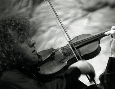 le jeune violoniste Pierre Fouchenneret joue Bartók à Dijon