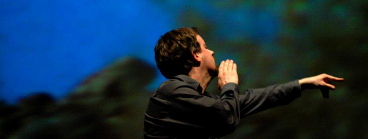 Jean Deroyer dirige Ariane et Barbe-Bleue de Dukas à la Salle Pleyel (Paris)