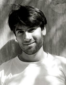 le jeune compositeur colombien Luis Fernando Rizo-Salom