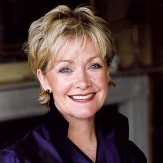 la cantatrice britannique Lynn Dawson