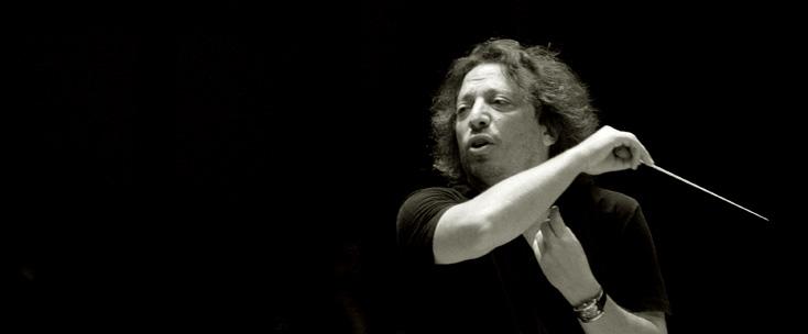 le chef d'orchestre israélien George Pehlivanian
