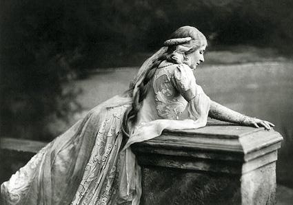 Mary garden, créatrice du rôle de Mélisande dans l'opéra de Debussy