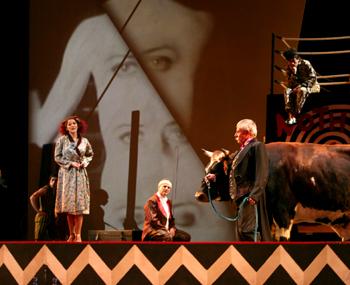 Macha Makeïeff met en scène Les mamelles de Tirésias de Poulenc à Lyon