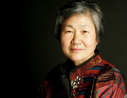 Si-Chan Park photographie la compositrice coréenne Youghi Pagh-Paan